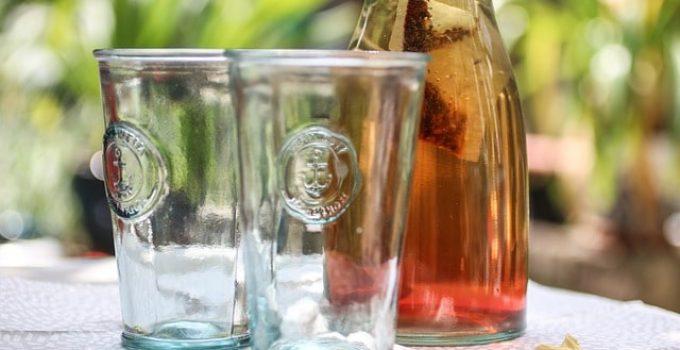 Thé infusé à froid, alternative des boissons pour l'été