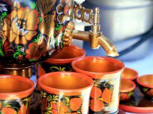 Thé à la russe avec utilisation du samovar