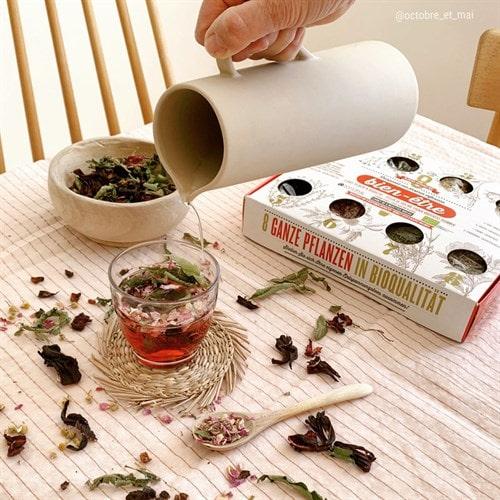 différence entre le thé et la tisane - faire sa propre infusion avec Nature & Découvertes